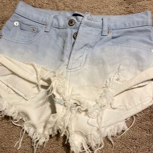 Ombré Blue/White cutoff jean shorts~sexy 🔥